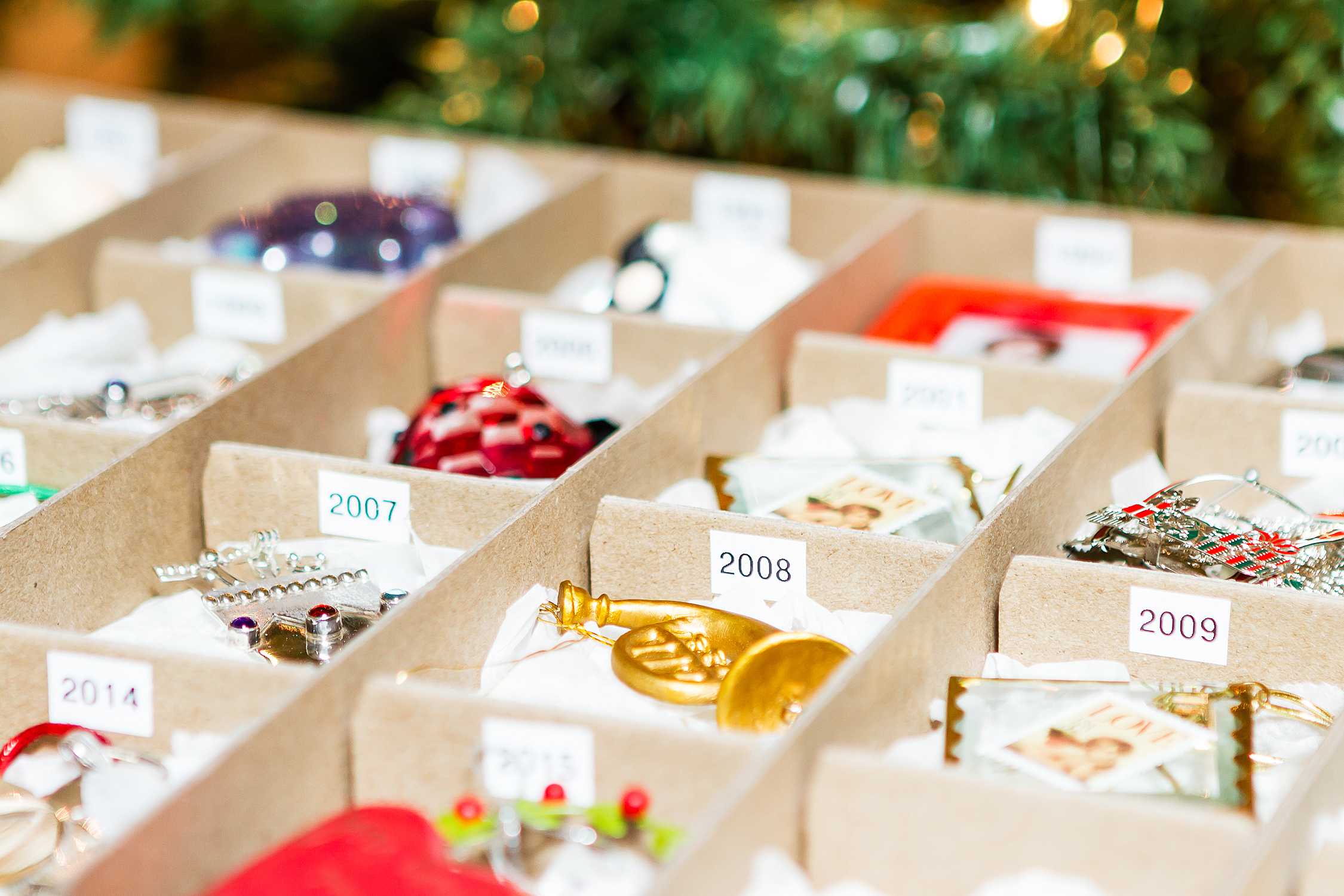 How to pack christmas ornaments for moving - Holiday Favorite Products