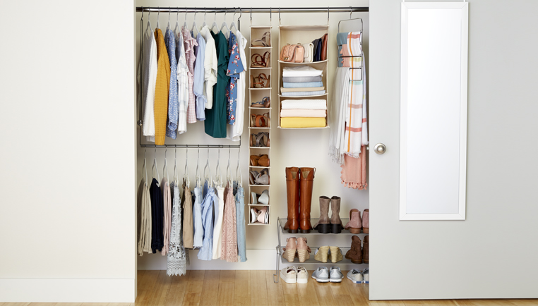 How To Organize Your College Closet