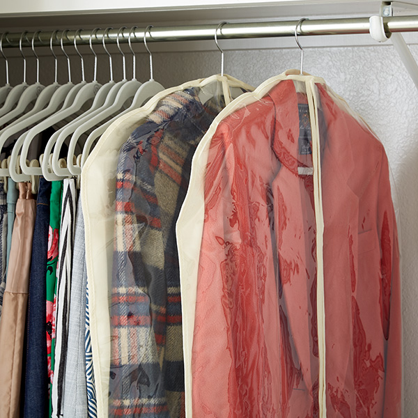 How To Save Space By Storing Winter Amp Summer Clothes The