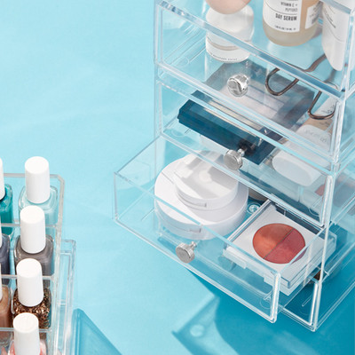 MAKEUP & JEWELRY STORAGE