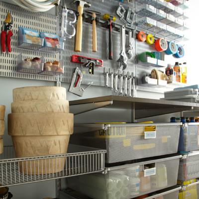 Garage & Auto