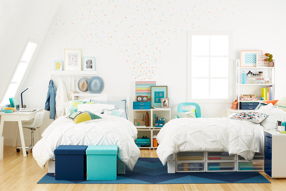 The Key To Making A Dorm Feel Ious Is Using Those Not So Obvious Areas And Organize Whether It S Under Bed Storage Vertical Stackable