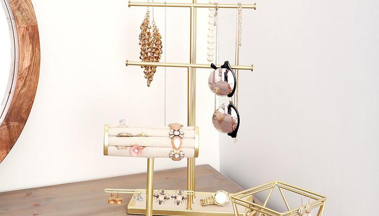 4 Jewelry Organization and Storage Ideas