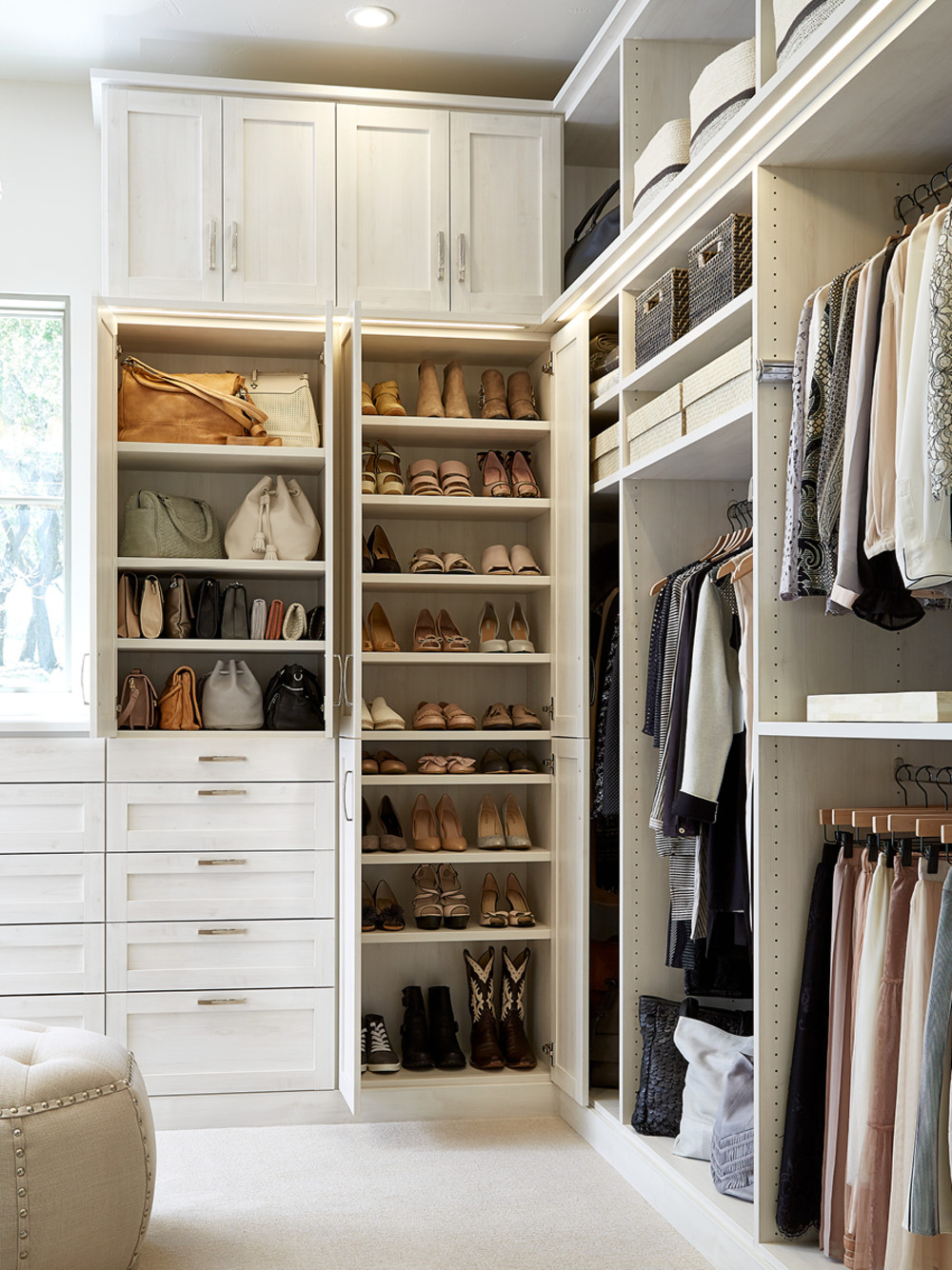 A Texas Monthly Show Home And Tcs Closet To Boot